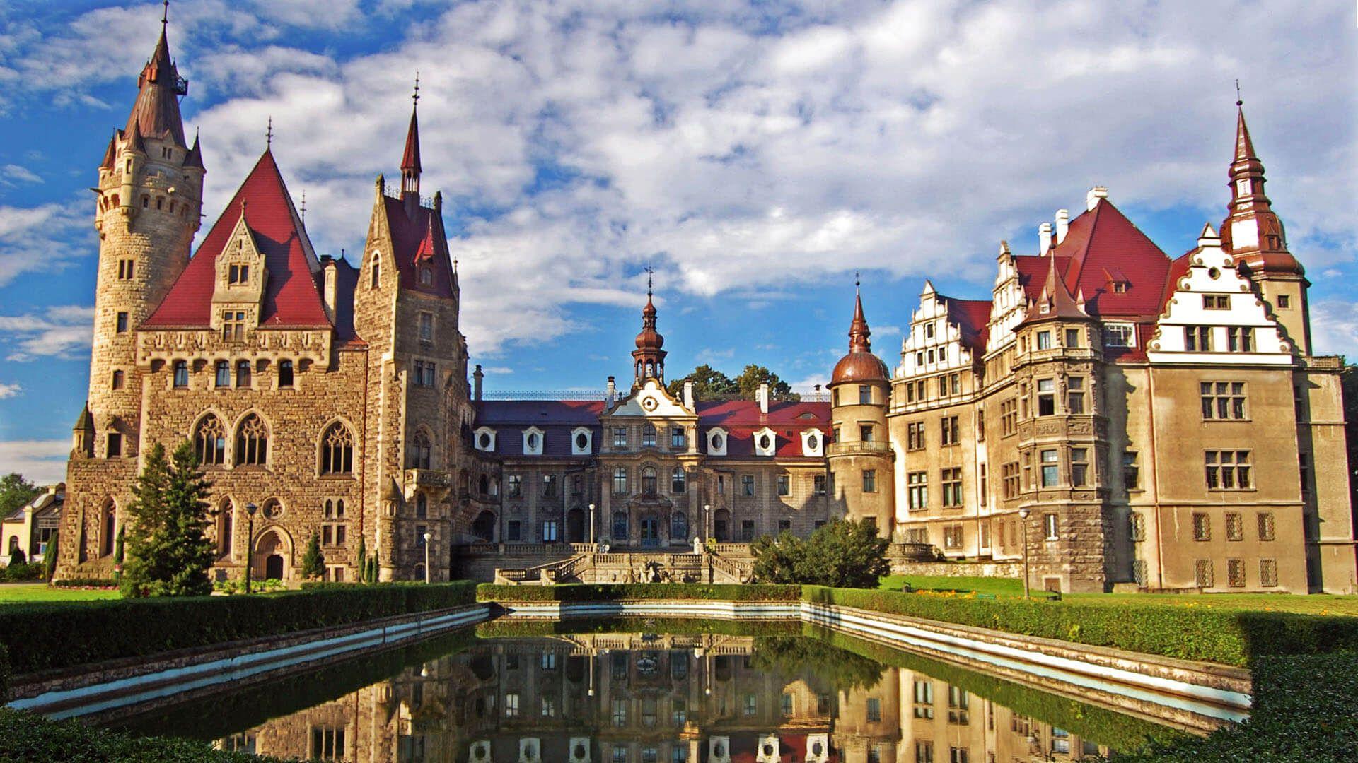 Moszna Kalesi, Moszna, Polonya