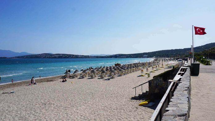 Çeşme Ilıca Halk Plajı